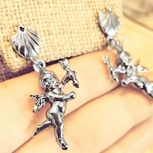 3/$20 Vntg ANGEL earrings silver tone cherub